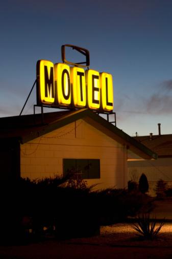 Motel「Illuminated motel sign」:スマホ壁紙(14)