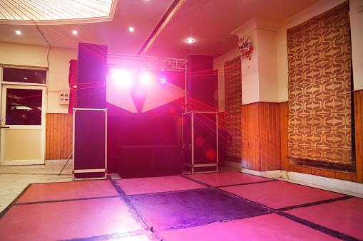 Rock Music「Illuminated disoco DJ dance floor」:スマホ壁紙(9)