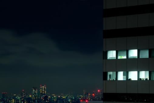 Efficiency「Illuminated offices, cityspace in background」:スマホ壁紙(18)