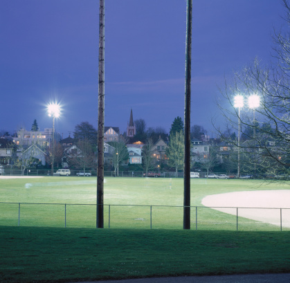 Chainlink Fence「Illuminated Athletic Field」:スマホ壁紙(0)