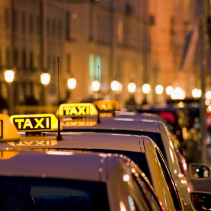 Munich「Illuminated Taxi Signs」:スマホ壁紙(1)
