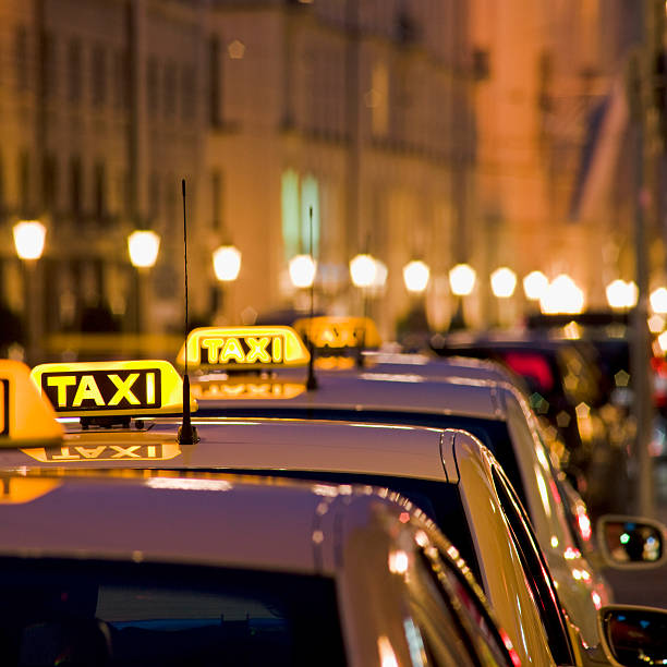 Illuminated Taxi Signs:スマホ壁紙(壁紙.com)