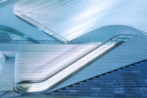 Railroad Station「Illuminated Escalator Outside Futuristic Train Station Illuminated at Night」:スマホ壁紙(15)