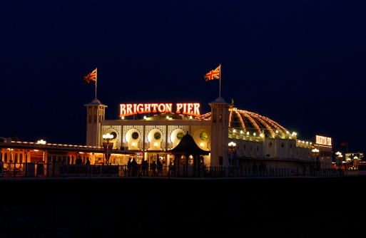 Brighton - England「Illuminated pier at night」:スマホ壁紙(8)