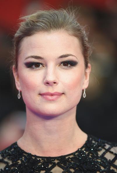 "Emily VanCamp「""Captain America: Civil War"" - UK Film Premiere - Arrivals」:写真・画像(10)[壁紙.com]"