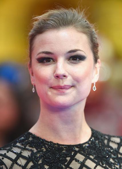 "Emily VanCamp「""Captain America: Civil War"" - UK Film Premiere - Arrivals」:写真・画像(2)[壁紙.com]"