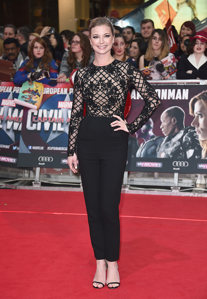 "Emily VanCamp「""Captain America: Civil War"" - UK Film Premiere - Arrivals」:写真・画像(8)[壁紙.com]"