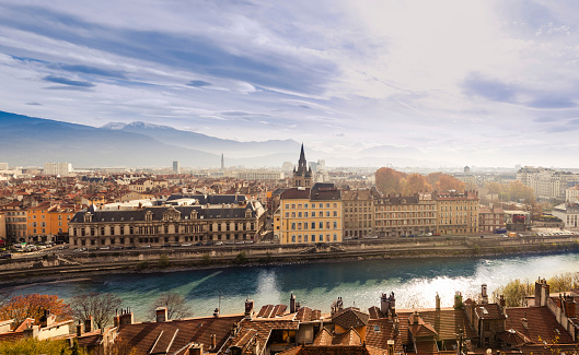 Rhone-Alpes「Grenoble cityscape, France」:スマホ壁紙(2)