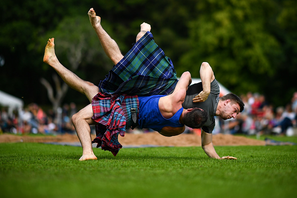 Jeff J Mitchell「Caber Tossing and Wrestling On The Agenda For The Inveraray Highland Games」:写真・画像(19)[壁紙.com]