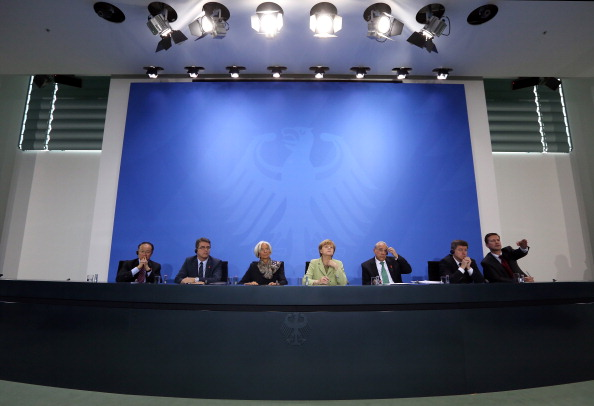 Corporate Business「Merkel Meets With World Finance, Economic And Labor Leaders」:写真・画像(9)[壁紙.com]