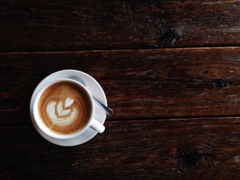 コーヒー「を生産するラテ」:スマホ壁紙(1)