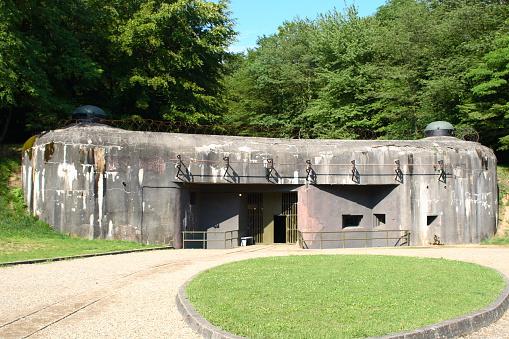 World War II「Bunker in Schoenenburg」:スマホ壁紙(9)