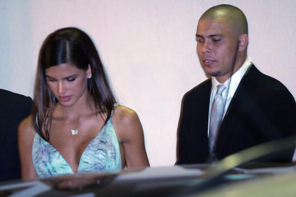 Wedding Reception「Footballer Kaka Marries Caroline Celico - Church」:写真・画像(16)[壁紙.com]
