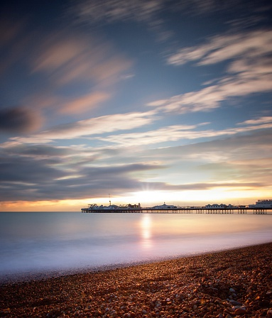 Water's Edge「USA, New York, New York City, View of Brighton Beach during sunset」:スマホ壁紙(6)