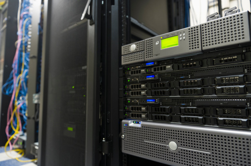 Data Center「USA, New York, New York City, Computer network server」:スマホ壁紙(5)