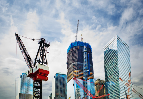Low Angle View「USA, New York, New York City, Modern skyscrapers under construction at Ground Zero」:スマホ壁紙(12)