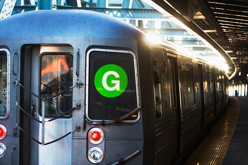 Passenger Train「USA, New York, New York City, Subway train at station」:スマホ壁紙(16)