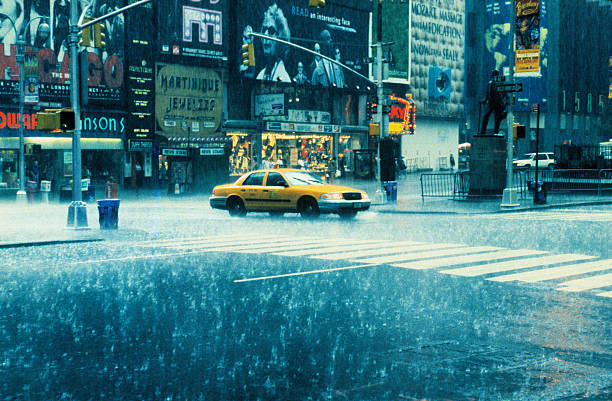USA, New York, New York City, Times Square, taxi in rain:スマホ壁紙(壁紙.com)