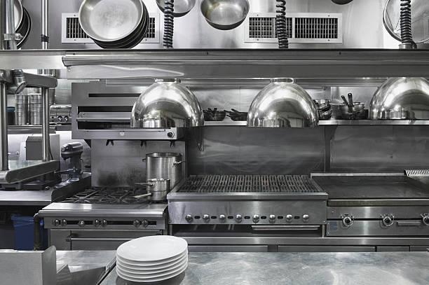 USA, New York, New York City, interior of commercial kitchen:スマホ壁紙(壁紙.com)