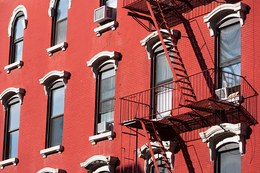 Brick Wall「USA, New York, New York City, Facade of red building with fire escape」:スマホ壁紙(10)