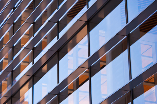 Skyscraper「USA, New York, New York City, Reflections in windows of office block」:スマホ壁紙(5)