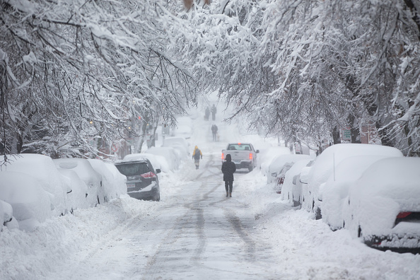 Snow「Major Winter Storm Blankets Northeast With Snow」:写真・画像(6)[壁紙.com]