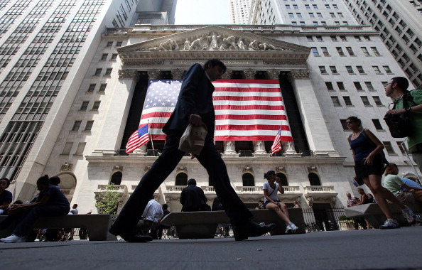 New York Stock Exchange「Stock Markets Take Drastic Downward Slide」:写真・画像(0)[壁紙.com]
