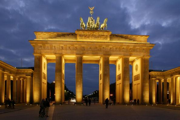 Famous Place「Berlin's Brandenburg Gate」:写真・画像(17)[壁紙.com]