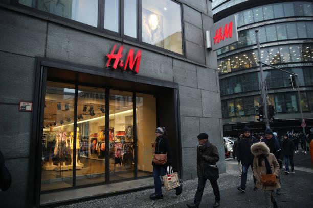 Retailer H&M Struggles With Falling Profits:ニュース(壁紙.com)