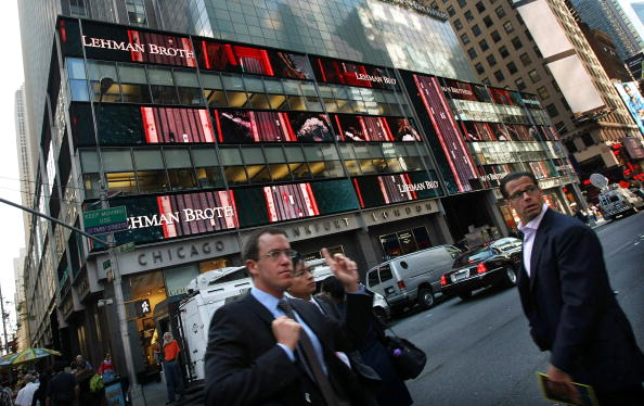 Crisis「Lehman Brothers Reports Close To 4 Billion Dollar Quarterly Loss」:写真・画像(8)[壁紙.com]