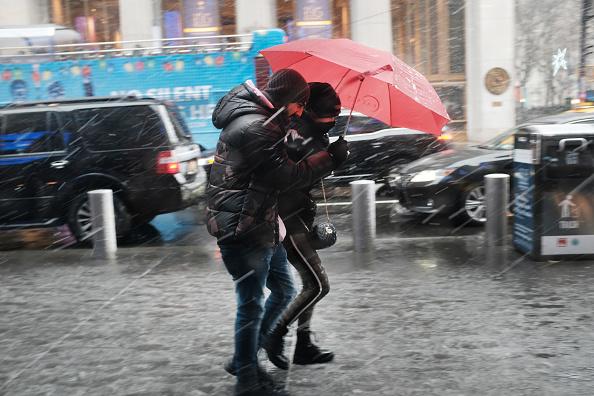 Weather「First Winter Storm Of The Season Hits Northeast」:写真・画像(14)[壁紙.com]
