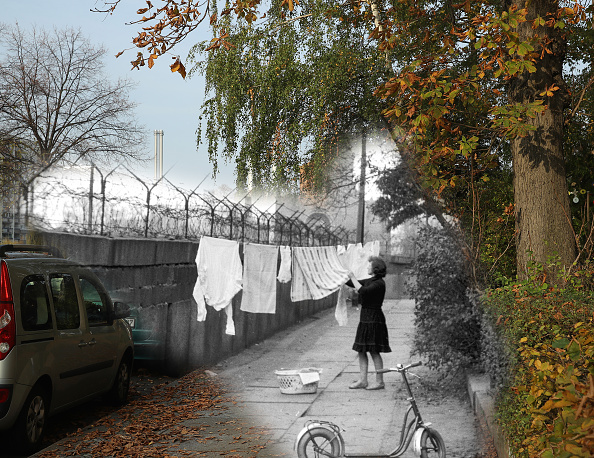 Composite Image「30 Years Since The Fall Of The Berlin Wall: Then And Now」:写真・画像(10)[壁紙.com]