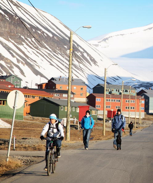 Svalbard Islands「Midsummer In The Arctic Archipelago Svalbard」:写真・画像(13)[壁紙.com]