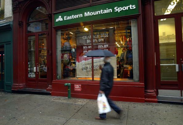 Sport「Eastern Mountain Sports Sold To Employees」:写真・画像(9)[壁紙.com]
