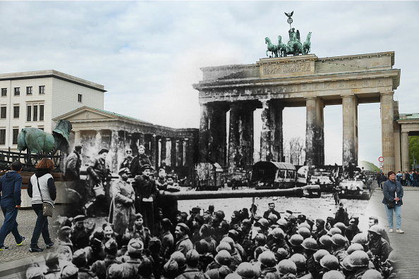 Gate「70 Years Since WW2: Overlay Images Show Then And Today」:写真・画像(15)[壁紙.com]