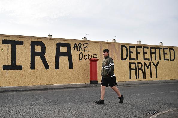 Graffiti「Aftermath Of Journalist Killing During Rioting In Creggan」:写真・画像(3)[壁紙.com]