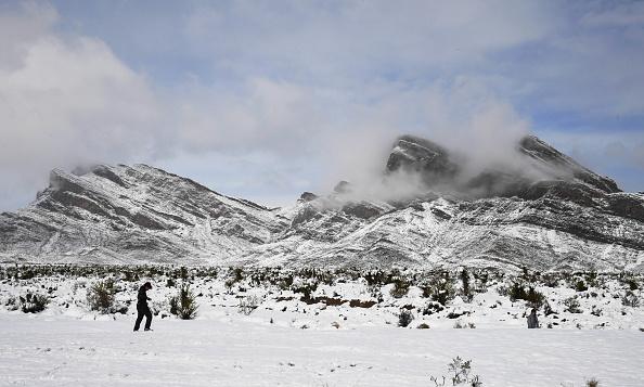 Snow「Rare Winter Storm Hits Las Vegas」:写真・画像(9)[壁紙.com]
