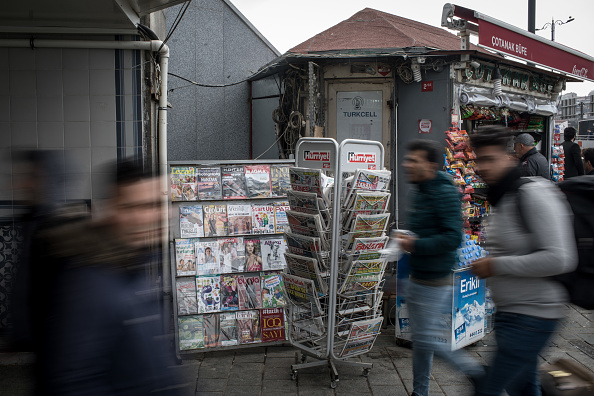 Chris McGrath「New Turkish Law Allows Government Control Of Media Outlets And Internet Content」:写真・画像(10)[壁紙.com]