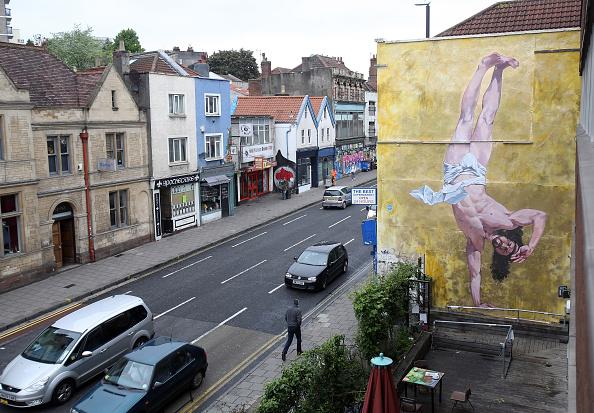 Breakdancing「Controversial Mural Of Breakdancing Jesus Is Unveiled」:写真・画像(12)[壁紙.com]