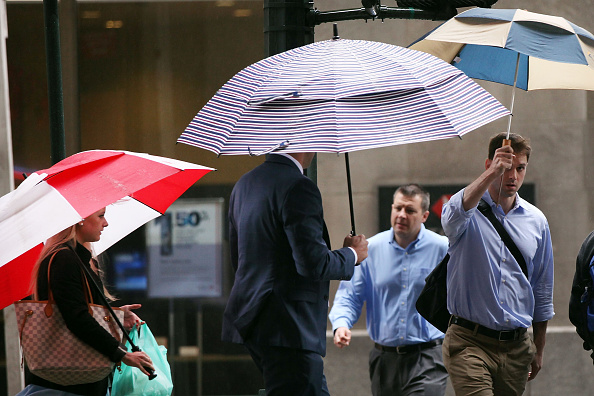 Umbrella「Thunderstorms Threaten New York City Area With Flood Potential」:写真・画像(9)[壁紙.com]
