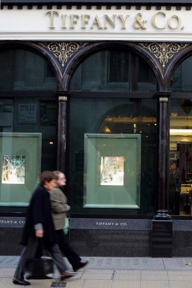Tiffany & Co「London's Bond Street Prepare For Seasonal Shopping Boom」:写真・画像(10)[壁紙.com]
