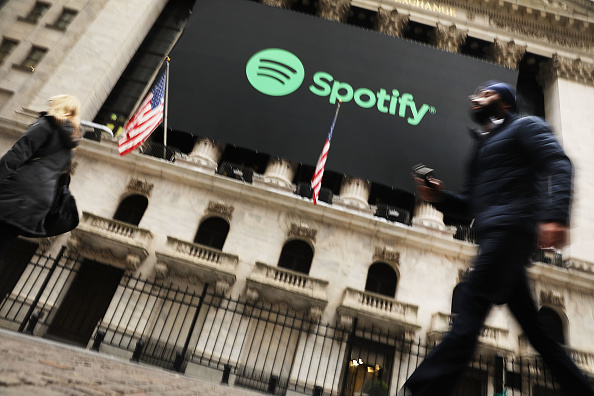 Spotify「Music Streaming Service Spotify Goes Public On The New York Stock Exchange」:写真・画像(6)[壁紙.com]