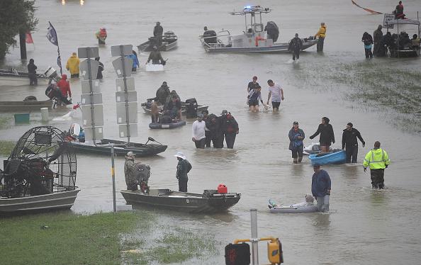 2017 Hurricane Harvey「Epic Flooding Inundates Houston After Hurricane Harvey」:写真・画像(18)[壁紙.com]