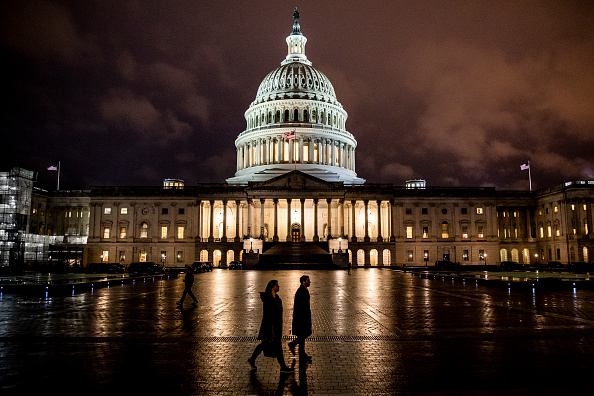 Night「Capitol Hill Prepares Ahead Of Full House Vote On Impeachment Articles This Week」:写真・画像(7)[壁紙.com]