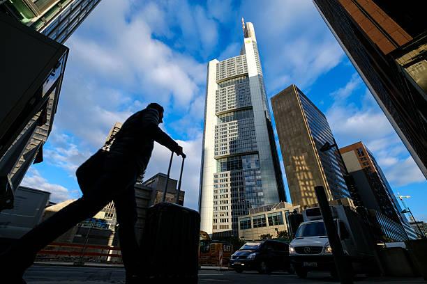 European Banks Struggle As Profits Slump And Job Cuts Rise:ニュース(壁紙.com)