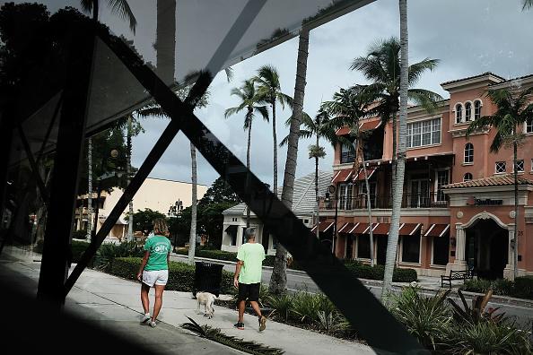 Naples - Florida「Massive Hurricane Irma Bears Down On Florida」:写真・画像(1)[壁紙.com]