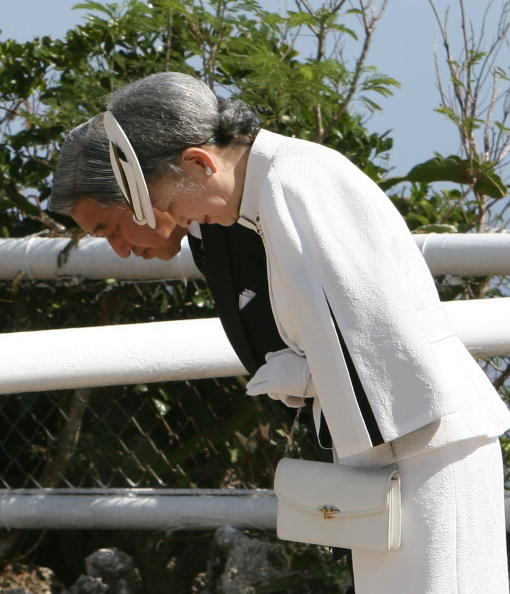 Emperor Akihito「Japanese Emperor Akihito to visit Saipan」:写真・画像(14)[壁紙.com]