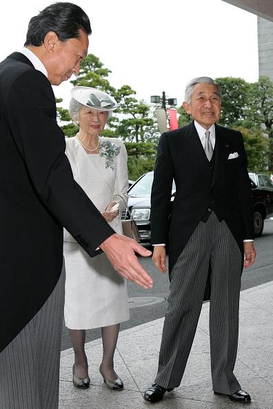 Empress Michiko「Emperor Akihito Celebrates 20th Anniversary On The Throne」:写真・画像(3)[壁紙.com]