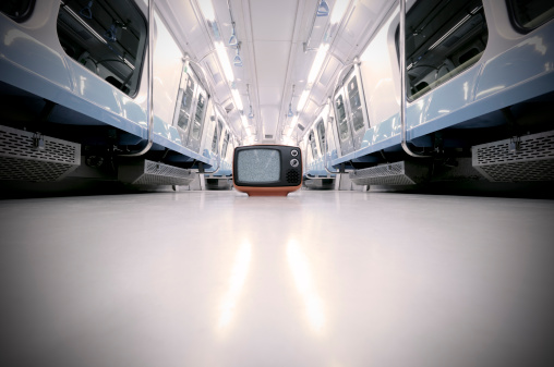 Auto Post Production Filter「TV in Metro Train (clipping path)」:スマホ壁紙(14)