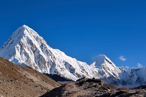 Khumbu「View of Pumo Ri, Nepal」:スマホ壁紙(1)